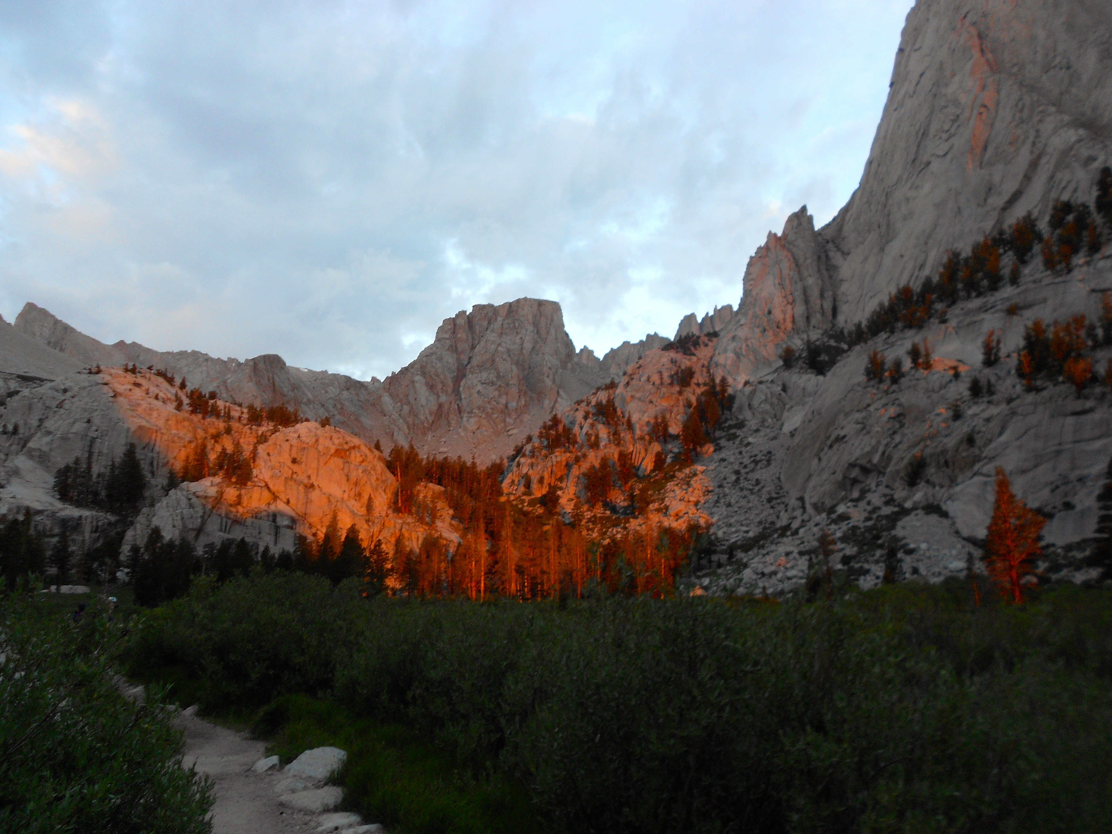 mount whitney dawn